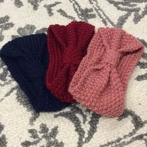 Adorable Knitted Bow Headband
